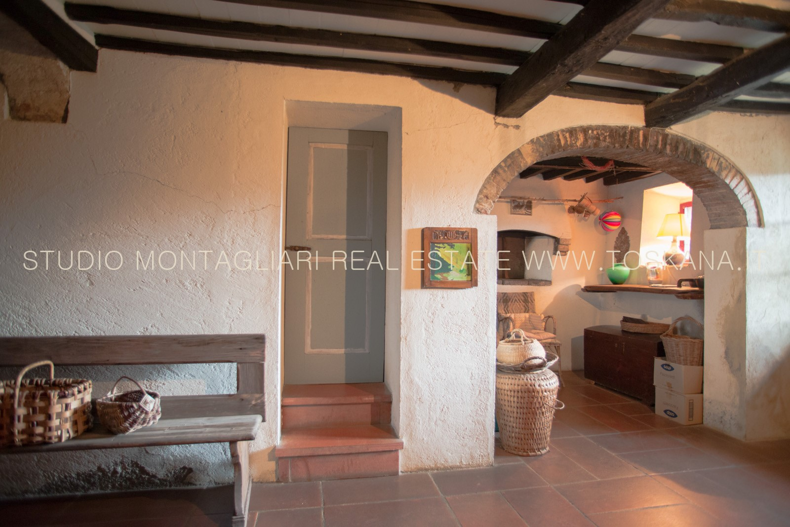 Tuscan Farmhouse With Pool For Sale In Poggibonsi