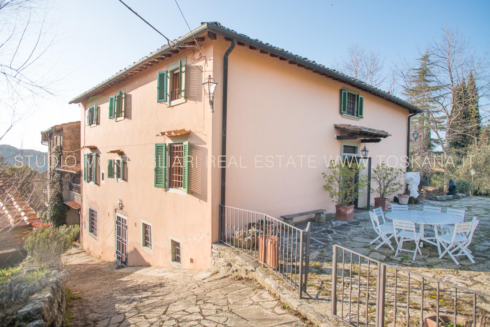 Casa con terreno in vendita a greve in chianti studio - Terreno con casa ...